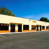 STEEL AND MASONRY RETAIL CENTER
