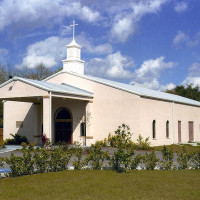 Tampa Bay masonry wall and pre-engineered steel church building